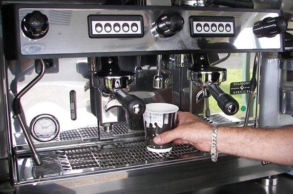 cafe kahuna espresso machine cafe kahuna mobile coffee van gold coast. Black Bedroom Furniture Sets. Home Design Ideas